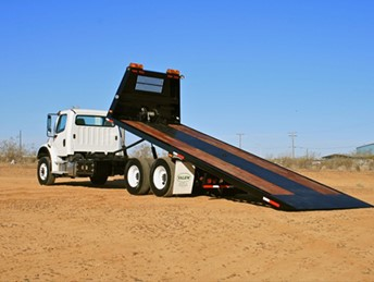 VALEW 25' ROLL-BACK EQUIPMENT HAULER